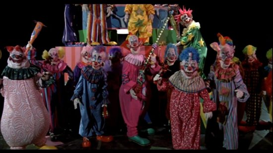 killer_klowns_from_outer_space-5